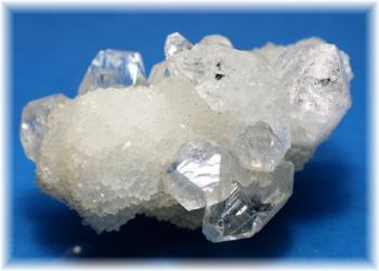 インド産アポフィライト結晶石(APOPHYLITE-801IS)