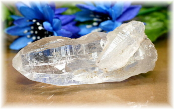 ガネッシュヒマール産ヒマラヤ水晶ナチュラルポイント(GANESCLYSTAL-156)