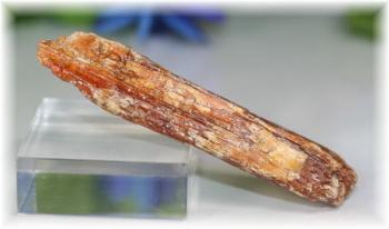 タンザニア産オレンジカイヤナイト原石(ORANGEKYANITE-106)